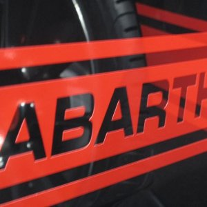 fiat 500 abarth dealers